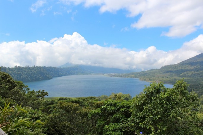 buyan-lake-in-pancarasari-village-singaraja-regency-bali-hello-travel-11